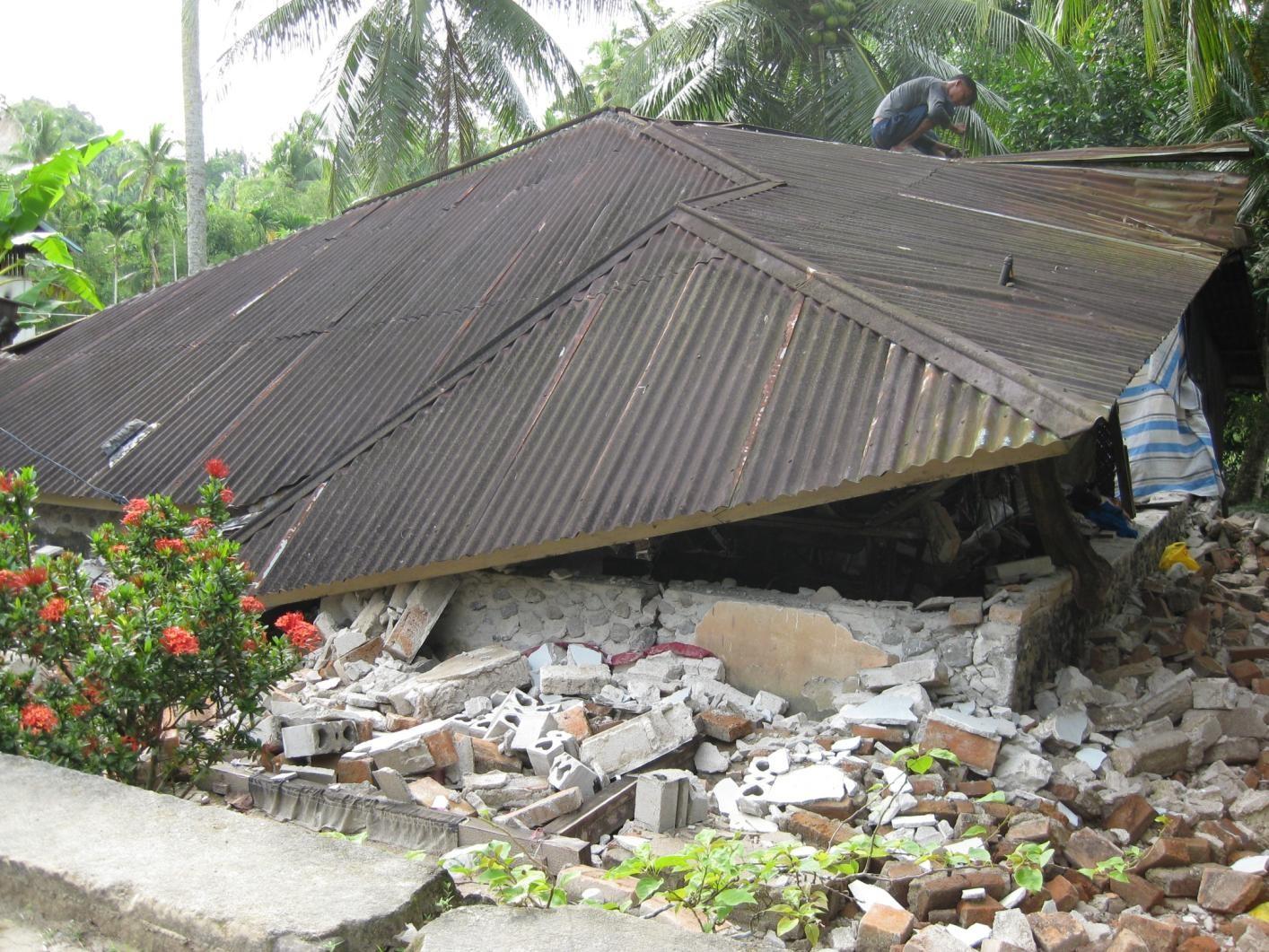インドネシア共和国地震災害派遣の様子